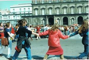 8 marzo 1980. Manifestazione a piazza del Plebiscito