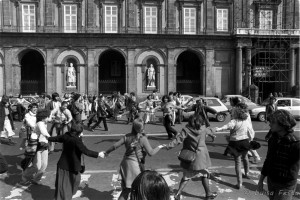 8 marzo 1980. Manifestazione in piazza del Plebiscito