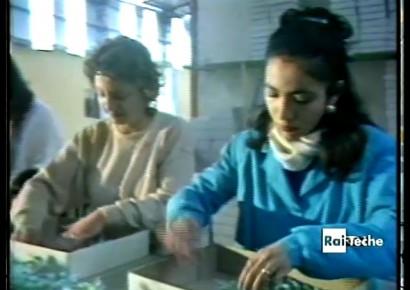 Viste da vicino: AZIENDA ITALIA  :: <a href='http://donnedinapoli.coopdedalus.org/8424/viste-da-vicino-azienda-italia/'>LEGGI TUTTO</a>